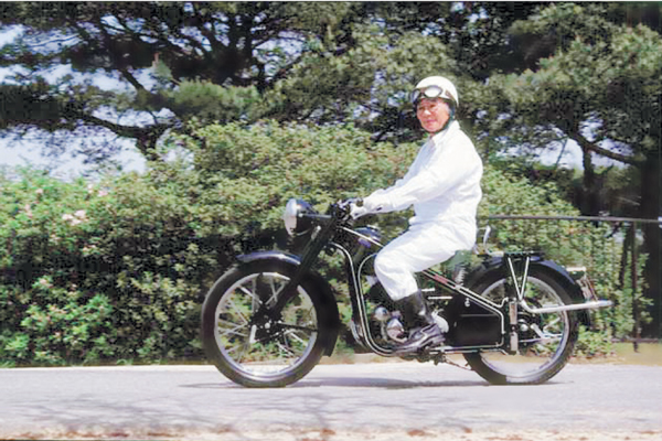 تاریخچه هوندا ؛ افسانه آهنگر ژاپنی عکس موسس هوندا
