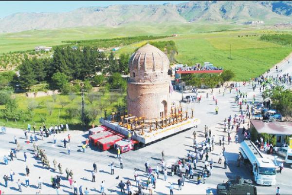 تجارت- فردا-  انتقال مقبره تاریخی زینلبی برای حفظ این اثر باستانی از تخریب