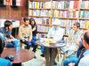 توزیعکنندگان زیاد و کتابهای دستنیافتنی